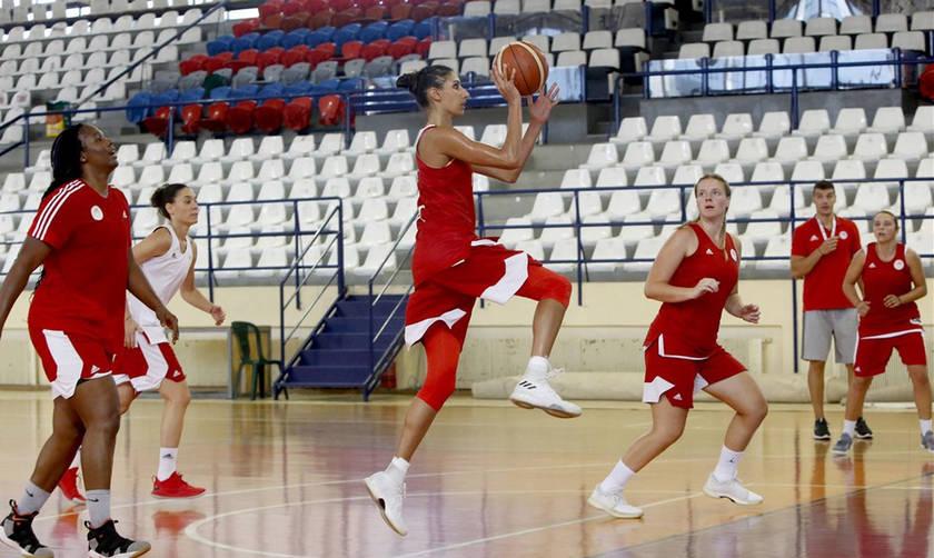 Πρώτη προπόνηση για τις μπασκετμπολίστριες του Ολυμπιακού (pics)