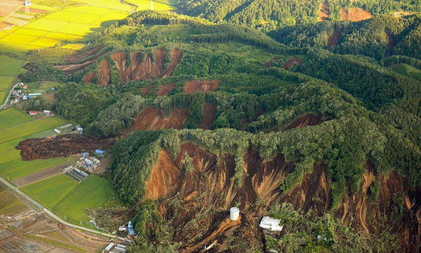 Σεισμός στην Ιαπωνία τουλάχιστον 9 νεκροί