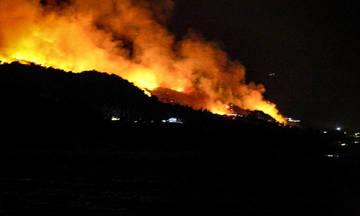 Χωρίς ενεργό μέτωπο η φωτιά στη Σάμο