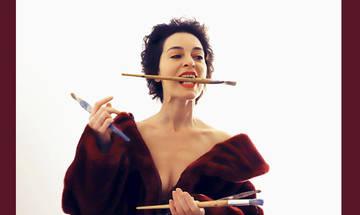 Έμμα, σε διασκευή και σκηνοθεσία Μαρίας Πρωτόπαππα, στο Θέατρο Αυλαία