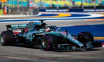Ασυναγώνιστος ο Χάμιλτον πήρε την pole position στη Σιγκαπούρη