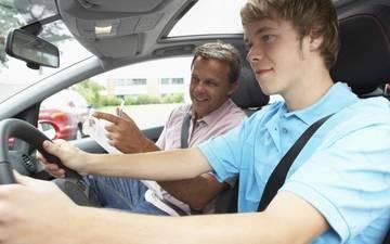Στη Βουλή το νέο σύστημα εξετάσεων για δίπλωμα οδήγησης
