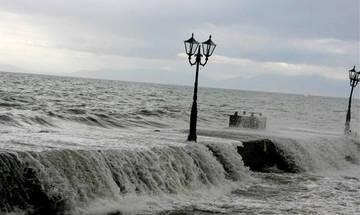 Πιθανότητα για μεσογειακό κυκλώνα στο νότιο Ιόνιο την Παρασκευή - Έπεσαν τα πρώτα χιόνια στα ορεινά