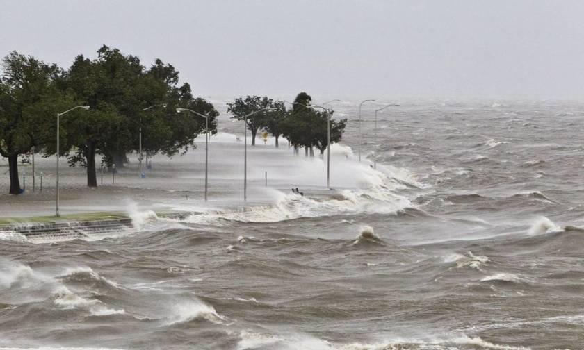Δείτε τι συμβαίνει τώρα στις περιοχές που φτάνει ο κυκλώνας - Ζωντανή εικόνα