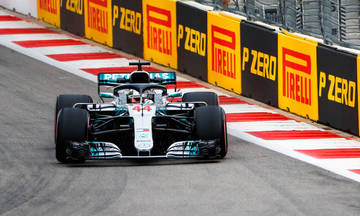 Formula 1: Νίκη ο Χάμιλτον με την «πάσα» του  Μπότας