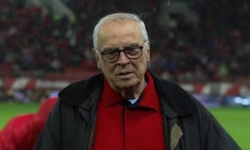 Θεοδωρίδης: «Αν χάνουμε, χάνουμε. Βάλαμε μόνοι μας το γκολ. Πήραμε την αποζημίωση από τον κόσμο»