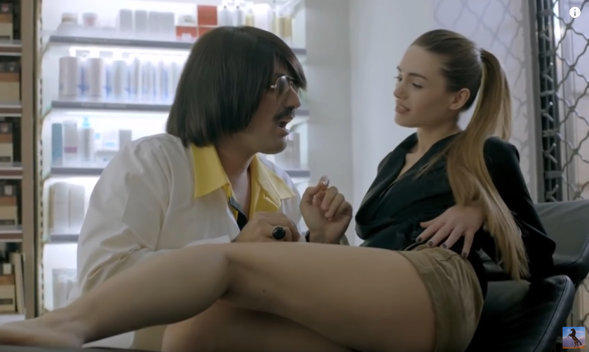 Οργή Φαρμακευτικού Συλλόγου για διαφήμιση με τον Τόνι Σφήνο (pic & vid)