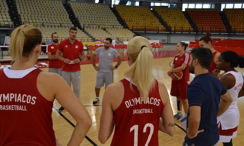 Πανέτοιμα για τη Βίσλα τα κορίτσια του Ολυμπιακού (pics)
