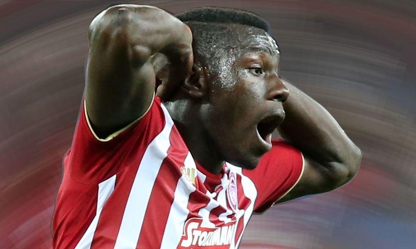 Γυαλίζει το μάτι του και γι' αυτό θέλουν να τον... αρπάξουν από τον Ολυμπιακό