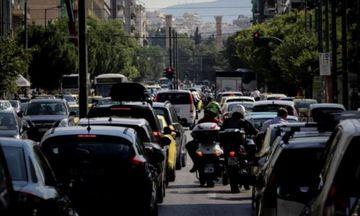 Live η κίνηση στους δρόμους: Καραμπόλα 6 οχημάτων στον Κηφισό