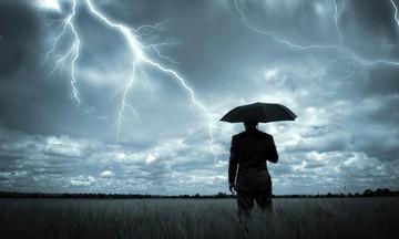 Καταιγίδες, χαλαζοπτώσεις, άνεμοι 9 μποφόρ - Έρχεται ο «Ορέστης» - Δείτε την πορεία του (vid)