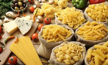 Παγκόσμια ημέρα ζυμαρικών- Να μια μακαρονάδα στο άψε-σβήσε (vid)