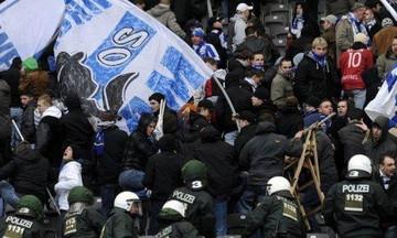 Κουκουλοφόροι οπαδοί της Χέρτα εναντίον της Αστυνομίας! (vids)