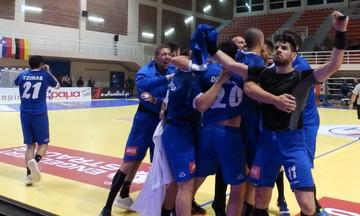 Η Ελλάδα έγραψε «χρυσή σελίδα» στην ιστορία της στο Χάντμπολ κερδίζοντας τα Σκόπια 28-26
