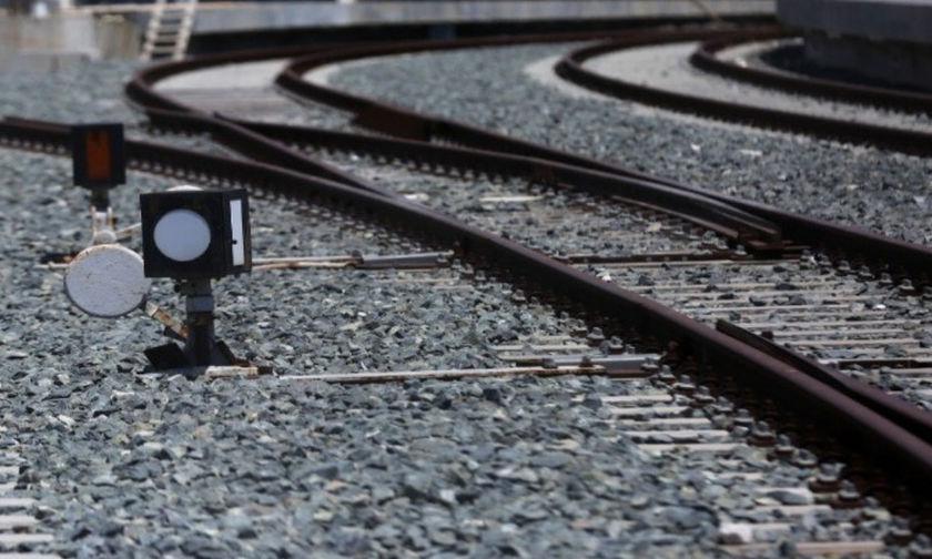 Τρένο παρέσυρε 90χρονη στην Πιερία