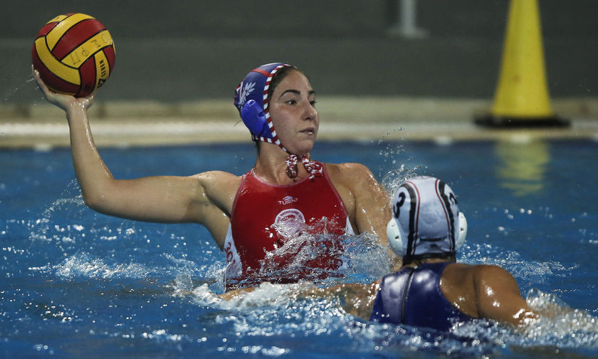 Βουλιαγμένη - Ολυμπιακός 7-5: Η Τζόνσον και τα δοκάρια σταμάτησαν τον Ολυμπιακό