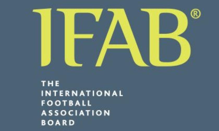IFAB: Σκέψεις για κίτρινη κάρτα στους προπονητές