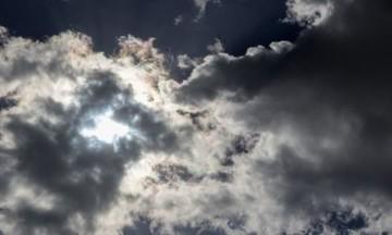 Συννεφιασμένη Κυριακή σε όλη τη χώρα - Πού θα βρέξει, αναλυτική πρόγνωση