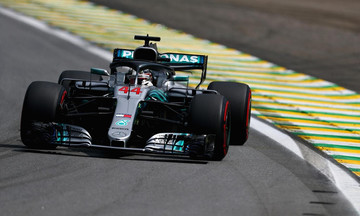 Formula 1: Η τύχη χαμογέλασε στον Χάμιλτον που νίκησε στο Σάο Πάολο