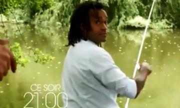 Ο Καρεμπέ ψαρεύει και μιλάει για ποδόσφαιρο σε σειρά της Γαλλίας (vid)