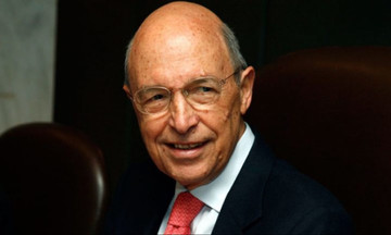 Εντολή για να ανοίξουν οι τραπεζικοί λογαριασμοί Σημίτη-Τι απαντά ο πρώην πρωθυπουργός
