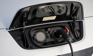 Στόχος 10% ηλεκτρικά αυτοκίνητα στην Ελλάδα το 2030!