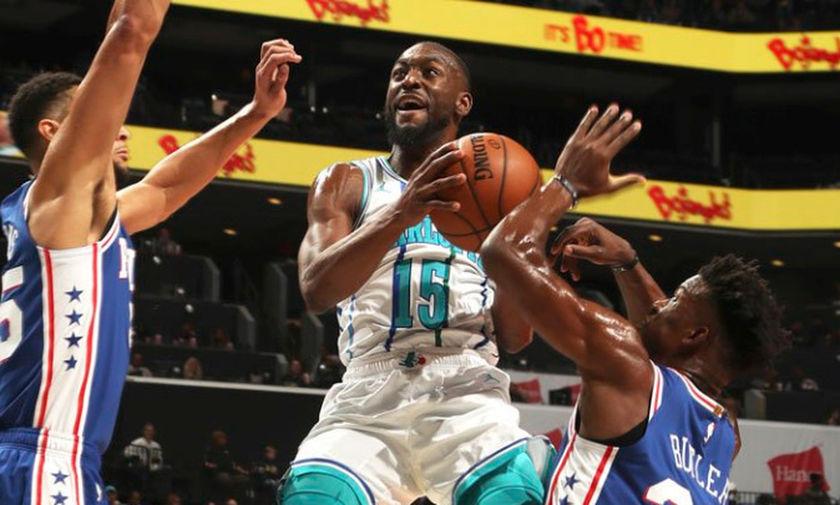 NBA: 60 πόντους ο Ουόκερ, την νίκη οι 76ers