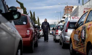 Πορεία των εκπαιδευτών υποψήφιων οδηγών στο κέντρο της Αθήνας