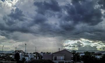 ΕΚΤΑΚΤΟ: Iσχυρές βροχές και καταιγίδες από το απόγευμα της Κυριακής
