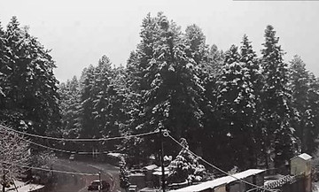Στα «λευκά» τα ορεινά του νομού Τρικάλων