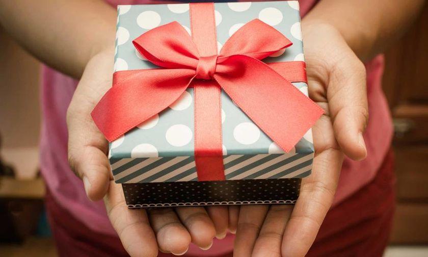 Ποιοι γιορτάζουν σήμερα, 5 Δεκεμβρίου