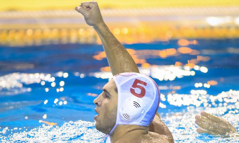 Ο Ολυμπιακός παρέσυρε και την Μλάντοστ (13-8)