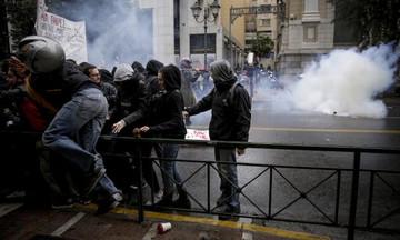 Δέκα προσαγωγές στο συλλαλητήριο για τον Αλέξη Γρηγορόπουλο - Άνοιξαν οι σταθμοί του μετρό