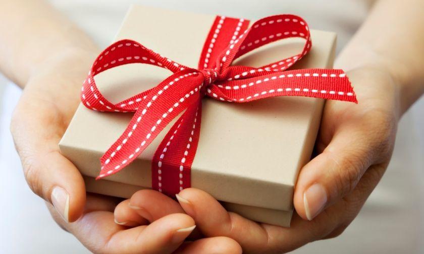 Ποιοι γιορτάζουν σήμερα, 7 Δεκεμβρίου