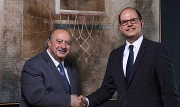 Η ΚΑΕ Ολυμπιακός συνεχάρη τον κ. Ζαγκλή για τα νέα του καθήκοντα στη FIBA