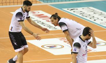 Οι αποδοκιμασίες μετά τον αγώνα ΠΑΟΚ-Ολυμπιακός 0-3 (vid)