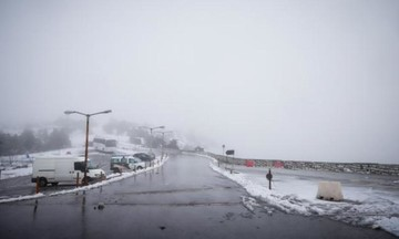 Νέα πτώση της θερμοκρασίας – Βροχές, καταιγίδες και χιόνια