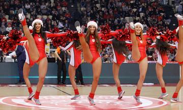 """""""Άι Βασίληδες"""" οι μαζορέτες του Ολυμπιακού (pics)"""