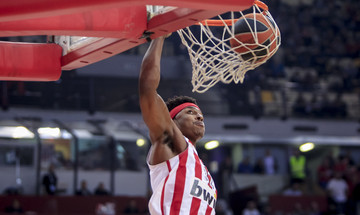 Top-10 EuroLeague: Με καρφωματάρα ΛεΝτέι οι κορυφαίες φάσεις! (vid)
