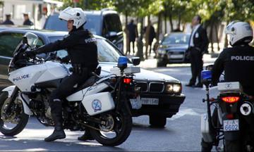 Ελληνική Αστυνομία: «Μπορείτε να επικοινωνήσετε μαζί μας και με μήνυμα»