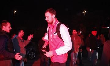 Oλυμπιακός-Παναθηναϊκός: Η άφιξη του Ολυμπιακού στο ΣΕΦ (vid)