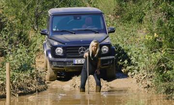 H Mercedes μας δείχνει πώς να περνάμε ποτάμια (vid)