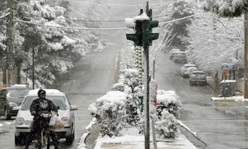 Συνεχίζεται η κακοκαιρία και σήμερα: Βροχές, καταιγίδες, χιόνια και ισχυροί άνεμοι