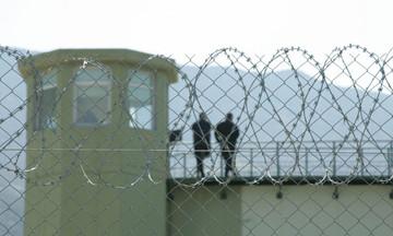 Ανατροπή: Δεν ξυλοκοπήθηκε ο παιδοκτόνος της Κέρκυρας, λέει το υπ. Δικαιοσύνης