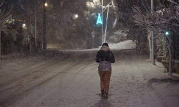 Έκτακτο δελτίο ΕΜΥ: Από ώρα σε ώρα νέος χιονιάς «χτυπάει» την Αττική
