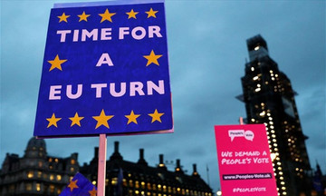 Αδιέξοδο στο Brexit: Το σενάριο του δημοψηφίσματος