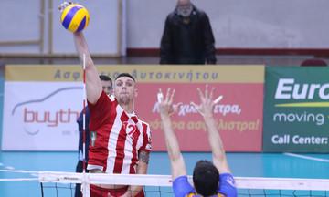 O Αλεξίεφ έστειλε τον Ολυμπιακό στους «8» του CEV Cup