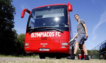Ο Ένγκελς αποκάλυψε γιατί δεν μπορεί να πάει από τον Ολυμπιακό στη Γιουνάιτεντ