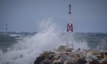 Έκτακτο δελτίο επιδείνωσης καιρού: Ισχυροί άνεμοι, βροχές και χαλαζοπτώσεις