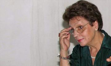 Πέθανε η κριτικός τέχνης Έφη Στρούζα